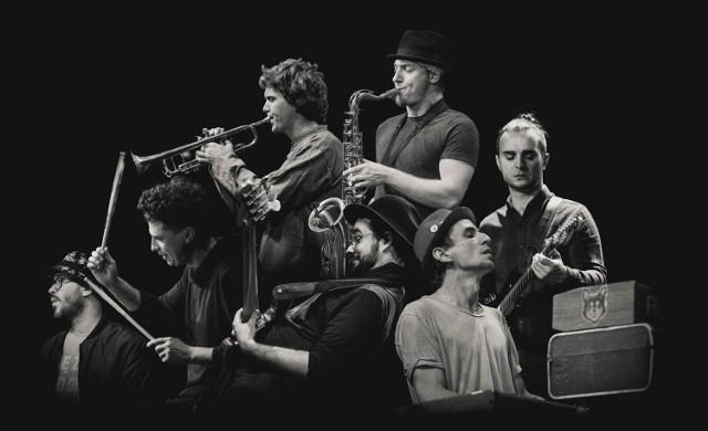 O muzyczną stronę Bomby Megabitowej zadba wrocławski zespół jazzowy EABS