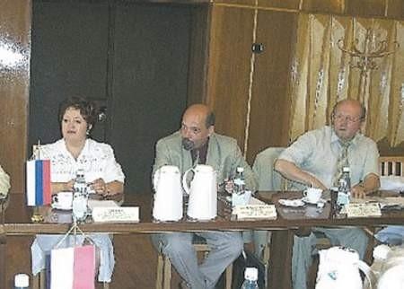 Szkołę wyższą z Iżewska reprezentowali: Alfia Alieva, Boris A. Yakimovich  i Victor S. Klekovkin.
