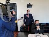 Kolejny wyrok na radnego Dzakanowskiego w związku z banerami KOD-u. Sąd uznał, że nie jest winien kradzieży, ale zniszczeniu mienia
