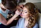 Makijaż na wesele. Jaki make-up jest właściwy dla gościa weselnego? Zobacz makijaże na ślub i wesele modne w tym roku
