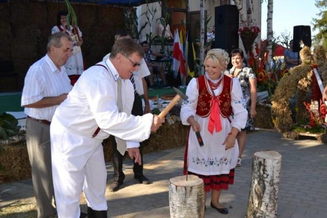 Ostatnie dożynki gminne w Sulęczynie odbyły się w 2016 roku. Rok temu gmina walczyła ze skutkami sierpniowej nawałnicy.