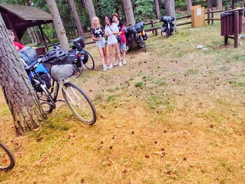 Przejechali ponad 400 kilometrów rowerem