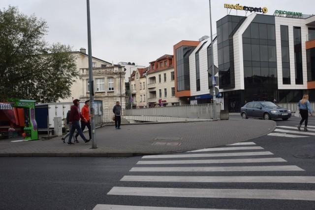Radni z Brodnicy zdecydowali, że nie należy odstąpić od zwrotu zwaloryzowanej bonifikaty udzielonej od ceny sprzedaży lokalu mieszkalnego przy ul. Mostowej w Brodnicy