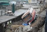W centrum Wrocławia zawaliło się nabrzeże Odry. Ewakuacja!