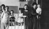 W Bydgoszczy przez lata funkcjonowało więzienie dla kobiet. Zobaczcie, jak żyły osadzone i czym się zajmowały przed wojną [zdjęcia]