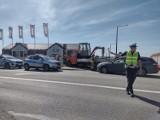 Wypadek na skrzyżowaniu ulic Długiej i Malborskiej. Kierowca nie ustąpił pierwszeństwa przejazdu i uderzył w bok nadjeżdżającego samochodu