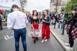 Obcokrajowcy na uniwersytetach w Poznaniu. Na jakie wsparcie mogą liczyć zagraniczni studenci?