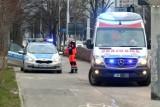 Wrocław. Groźny wypadek na Grabiszyńskiej. Karetka potrąciła kobietę na pasach [ZDJĘCIA]