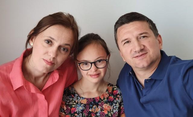 Magdalena Skorupa-Grajner z córką, 14-letnią Małgosią i mężem Tymoteuszem Grajnerem.  Zobacz kolejne zdjęcia. Przesuwaj zdjęcia w prawo - naciśnij strzałkę lub przycisk NASTĘPNE