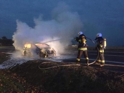 Nekla: Samochód zapalił się podczas jazdy [FOTO]