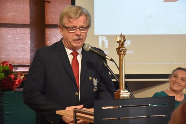 W tym roku nagroda Pro Publico Bono trafiła do Aleksandra Wójcika, lekarza zakaźnika z gorlickiego szpitala