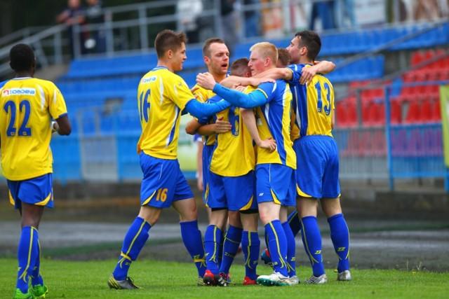 Piłkarze Unii Swarzędz sprawili w sobotę sporą niespodziankę wygrywając na wyjeździe 3:1 z Unią Solec Kujawski
