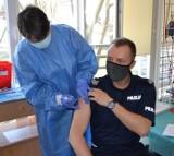 Policjanci z powiatu gdańskiego rozpoczęli szczepienia przeciwko Covid-19