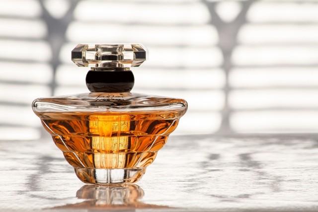 Perfumy mogą być słodkie, orzeźwiające, delikatne, orientalne i inne. Wybór zależy od preferencji.