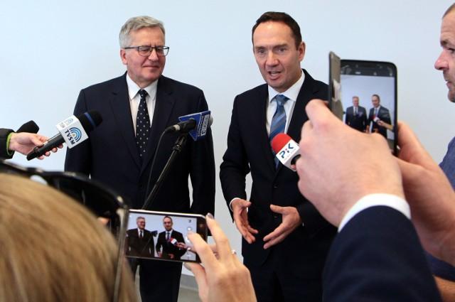 Były prezydent Bronisław Komorowski gościł w grudziądzkiej marinie na zaproszenie posła Tomasza Szymańskiego