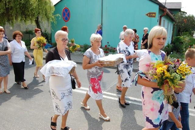 W Służewie odbyły się dożynki gminno-parafialne.