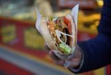 TOP 7 kebabów w Golubiu-Dobrzyniu. Zobacz ranking i sprawdź gdzie robią najlepsze kebaby