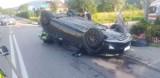 Łęki. Wypadek na skrzyżowaniu. Droga powiatowa była zablokowana