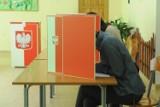 Wybory samorządowe 2018. Dzisiaj druga tura wyborów w Opocznie oraz w gminach Białaczów i Lubochnia [ZDJĘCIA]
