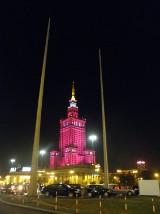 Pałac rozbłysł na różowo [zdjęcia]