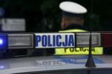 Kraków. Policjant został zraniony nożem podczas interwencji w mieszkaniu przy ul. Bohomolca