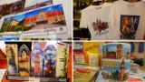 Co turysta przywozi z Legnicy? Zobaczcie najpopularniejsze legnickie pamiątki - to nie tylko magnesy i kubki! [ZDJĘCIA]