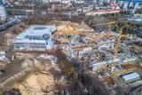 Aquapark w Szczecinie. Jak idą prace przy budowie Fabryki Wody? Zobacz pierwsze wiosenne zdjęcia z drona!