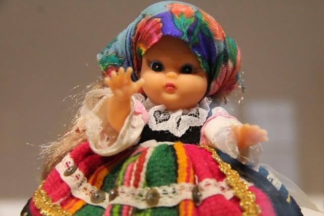 Wystawę lalek w Sosnowieckim Centrum Sztuki - Zamek Sielecki można zobaczyć aż do wakacji