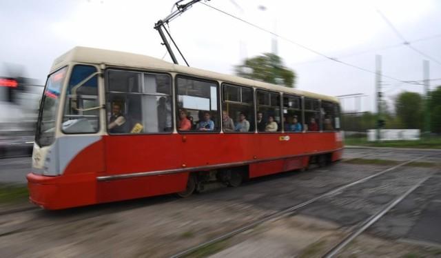 Pożar tramwaju w Bytomiu. Doszło do niego 27 listopada po północy.
