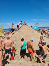 Uzdrowisko Dąbki. Usypali wielką górę piasku. Prawie 3 metry wysokości ZDJĘCIA