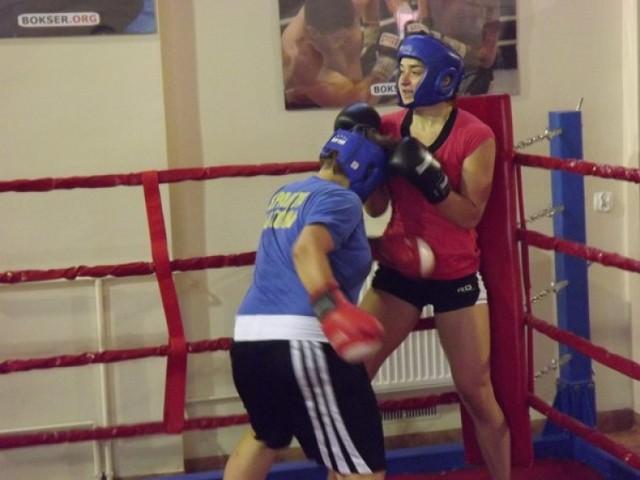 Niecodzienny sparing bokserski w Złotowie