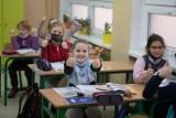 Kalendarz roku szkolnego 2021/2022. W te dni będzie przerwa świąteczna, zimowe ferie i egzaminy