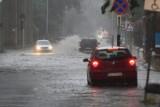Gdzie jest burza? Uwaga! Burze i silne opady w Łódzkiem. Ostrzeżenie IMGW. Prognoza pogody na środę 7 sierpnia. Mapa online