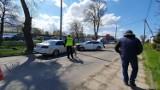 Wypadek w Pucku: na ul. Żarnowieckiej doszło do groźnej czołówki dwóch osobówek | NADMORSKA KRONIKA POLICYJNA