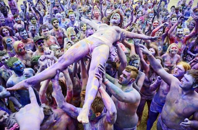 W tym roku miłośnikom Przystanku Woodstocku pozostało śledzenie koncertów w Internecie.