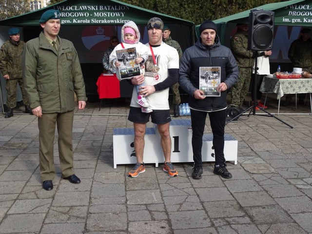 Bieg Pamięci Żołnierzy Wyklętych  Tropem Wilczym zorganizował 3 Włocławski Batalion Drogowo-Mostowy w Chełmnie.