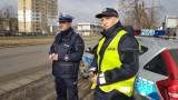 Walentynkowa akcja łódzkiej policji. Zwolnij. Jak kocha, to poczeka [ZDJĘCIA, FILM]