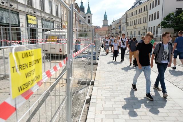 Postępy remontu Krakowskiego Przedmieścia