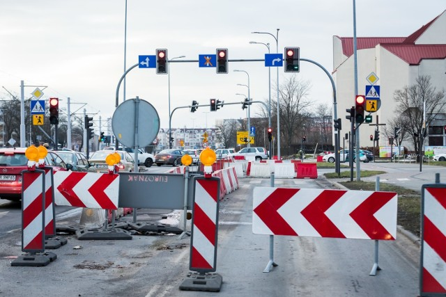Stan Trasy Uniwersyteckiej w Bydgoszczy jest gorszy niż przypuszczano.