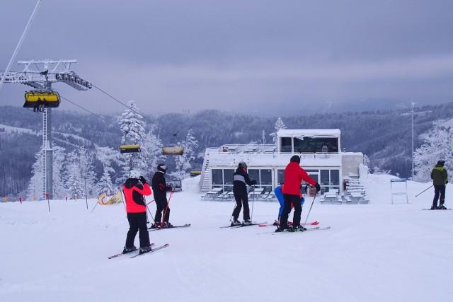 Zdjęcia wykonane w Szczyrku w sobotę 15 grudnia 2018 roku.  Fotografie pochodzą z fanpagu SoliskoArena