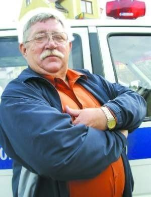 – Nie jestem bohaterem, zrobiłem to, co powinienem – mówi skromnie Stanisław Wrzeszcz.  FOT. BERNARD £ÊTOWSKI
