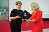W Świdnicy nagrodzono dzisiaj dyrektorów szkół i nauczycieli!