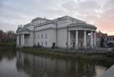 Okazały gmach teatru w Kaliszu ma już 84 lata  ZDJĘCIA