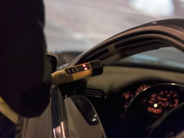 Badanie wykazało, że kierowca miał trzy promile alkoholu w organizmie.
