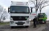 Jutrosin. Inspektorzy skontrolowali ciężarówki z żywcem w Grąbkowie. Akcja ma na celu przeciwdziałanie rozprzestrzenianiu się ASF [ZDJĘCIA]