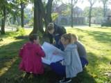 Pruszcz Gd.: Uczniowie rozpoczęli prace nad rewitalizacją parku przy kanale Raduni [ZDJĘCIA]