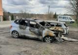 Sobowidz. Szukają sprawców podpalenia samochodów. Czeka nagroda | WIDEO
