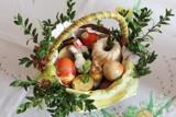Jak samemu poświęcić pokarmy w domu? Tekst modlitwy. Co powinien zawierać koszyczek wielkanocny? Lista produktów