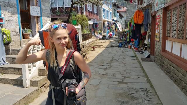 Sylwia Bajek studiuje architekturę wnętrz na krakowskiej ASP, w wolnych chwilach biega maratony, podróżuje, wspina się