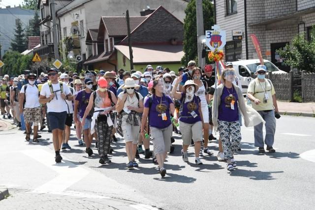Pielgrzymi z Bochni wyruszą 4.08.2021 w ramach grupy św. Jadwigi, wchodzącej w skład Pieszej Pielgrzymki Krakowskiej